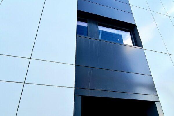 Presklená fasáda okná a dvere Zubné centrum Poprad 23
