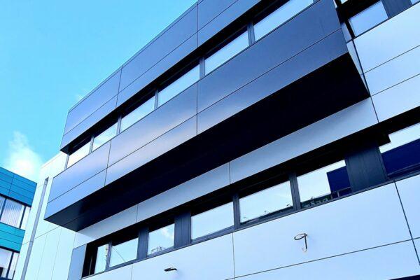 Presklená fasáda okná a dvere Zubné centrum Poprad 24